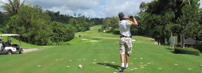 高尔夫球场在 Suratthani