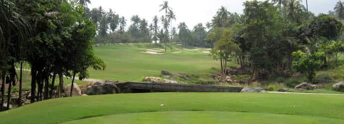 高尔夫球场在 Tak